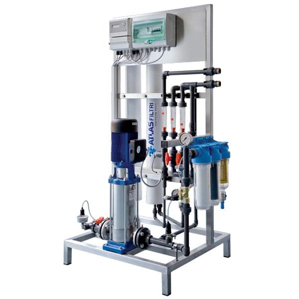 تصفیه آب صنعتی RO با ظرفیت 1000 لیتر در ساعت